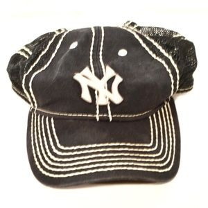 MLB Cooperstown New York Yankees Snapback Hat